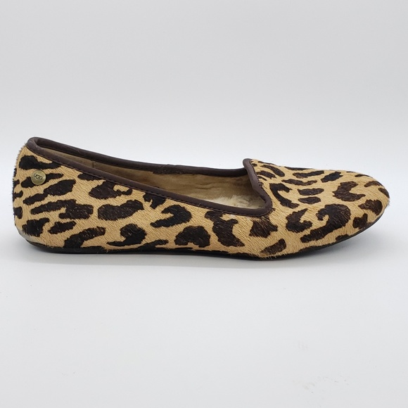 a99128c1e25 UGG Leopard print slip on Sherpa lined loafers 8